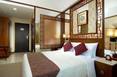Lan Kwai Fong Hotel @ Kau U Fong photo 10