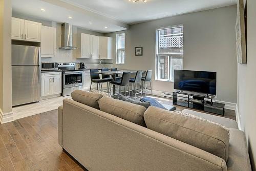 Montreal Mile-End Apartment #202 By Plateau Prime Suite