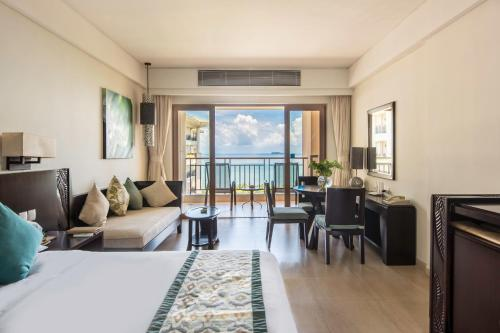 Premier Double or Twin Room with 180° Panorama Ocean View