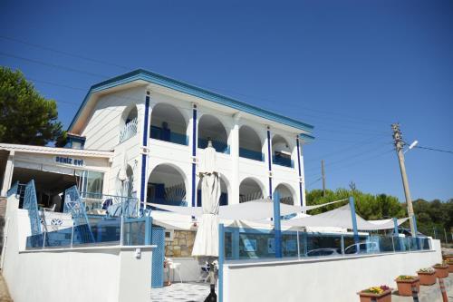 Izmir Deniz Evi Otel tek gece fiyat