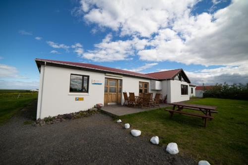 Berg Hostel - Accommodation - Húsavík