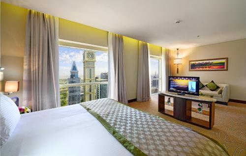 Millennium Plaza Hotel - image 4