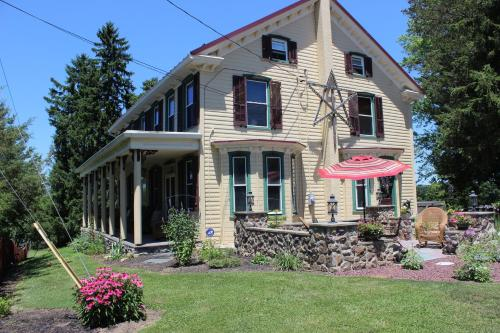 Carriage Stop Bed & Breakfast