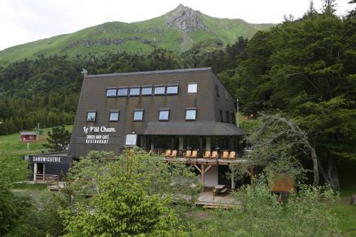 . Gîte-Hôtel Le P'tit Cham