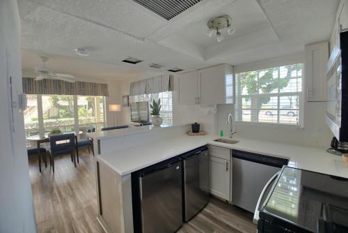 The Dover House Resort - Delray Beach, FL 33483