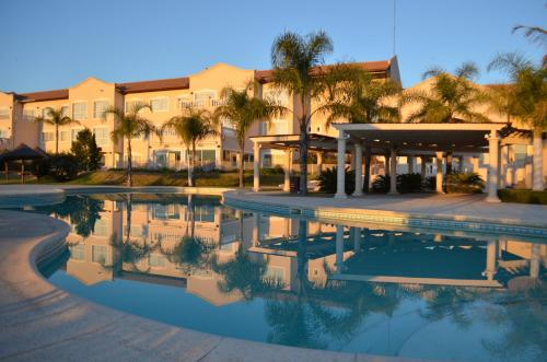 . Howard Johnson Resort Spa & Convention Center