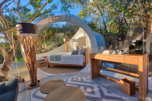 Bubble Lodge Ile aux Cerfs Island