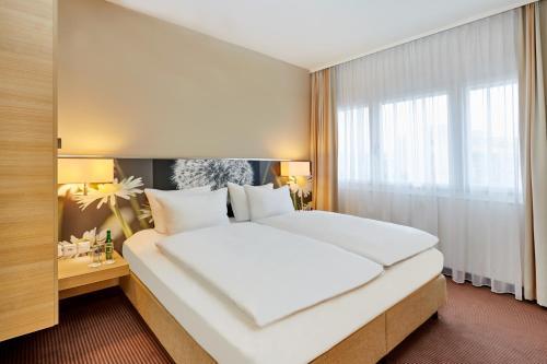 Best Luxury Hotels In Zurich Switzerland With Top Class Deals Triphobo