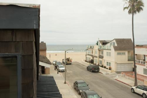 114 31st St B (68400) - Newport Beach, CA 92663