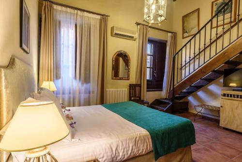 Habitación Triple Palacio de Santa Inés 7