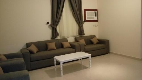 La Rein Furnished Apartments - Families Only