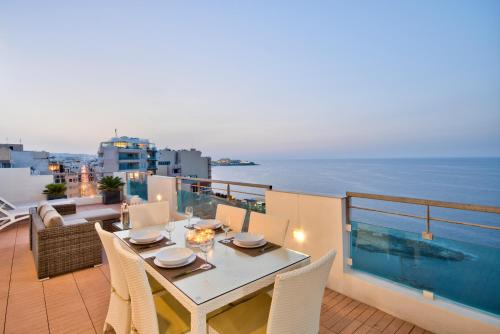 . Magnificent Seafront 2-bedroom Sliema penthouse