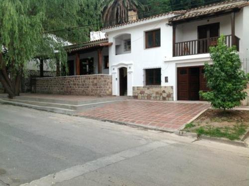 HotelCuatro Lunas B&B