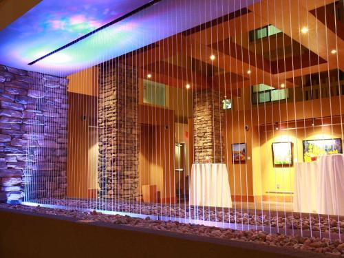 Sawridge Inn and Conference Centre Edmonton South - Edmonton, AB T6J 5H2