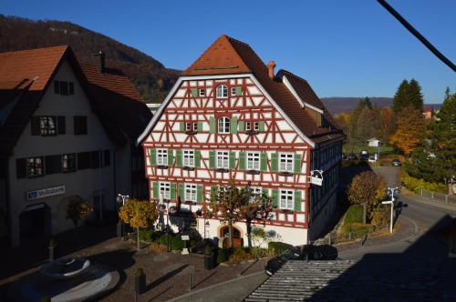 . Altes Pfarrhaus Hotel und Restaurant