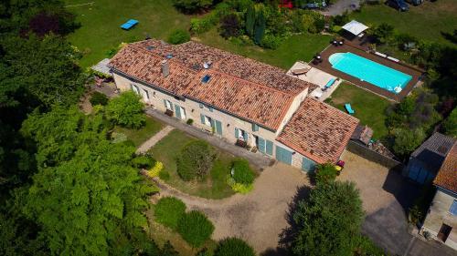 . Gite la Maison de la Pimpine Lignan de Bordeaux