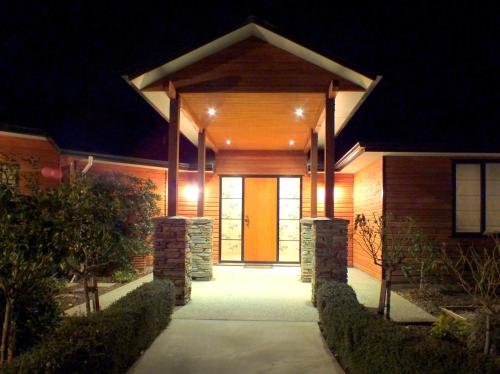 Wanaka Alpine Lodge - Accommodation - Wanaka