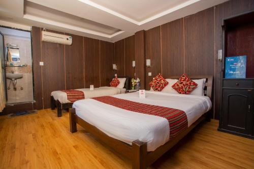 Traveler's Holiday Inn, Bagmati
