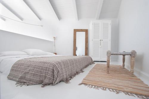 Estudio Deluxe con cama grande - Uso individual Akassa Alojamientos Bioclimaticos en las Hurdes 25