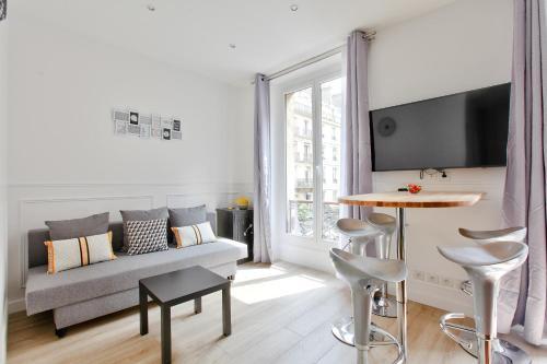 24 Luxury Parisian Home Montorgueil photo 11