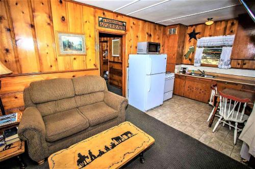 ~juniper Cabin #105~