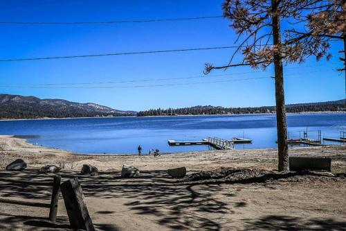 ~big Pines Cabin #103~ - Big Bear Lake, CA 92315