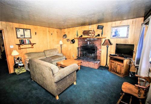 ~lakefront Cabin #110~ - Big Bear Lake, CA 92315