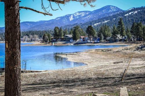 ~twin Pines Cabin #111~ - Big Bear Lake, CA 92315