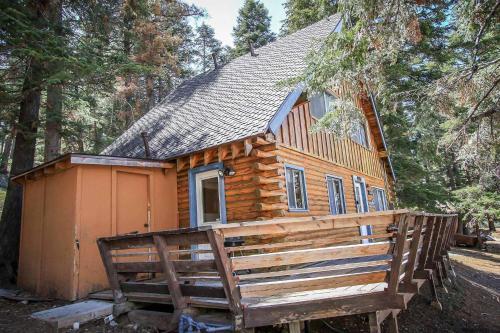 ~canyon Log Retreat #1297~ - Big Bear City, CA 92315