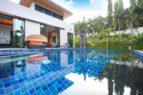 Modern Zen Pool Villa By RentsInPhuket Modern Zen Pool Villa By RentsInPhuket