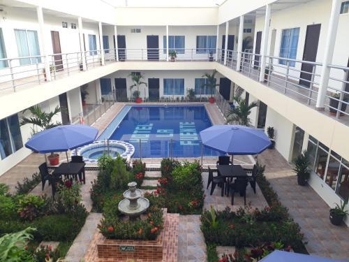 . Hotel la fuente j.n