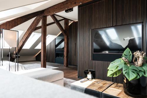 Le Bijou LQ80 Jacuzzi Penthouse - Hotel - Zürich