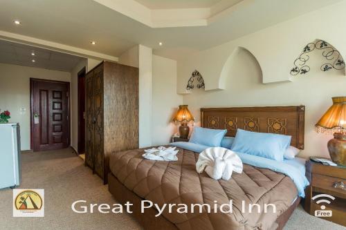 Great Pyramid Inn - image 4