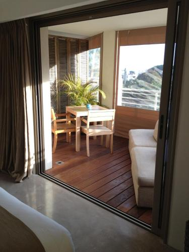 Junior Suite with Sea View and Terrace