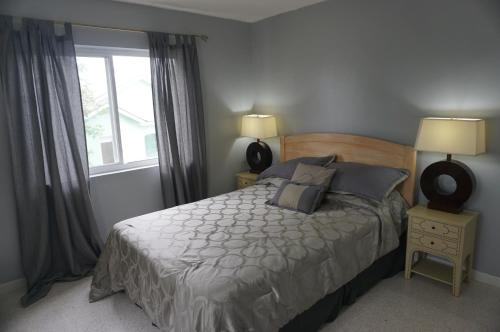 HumesHouse @ Blue Heaven room photos