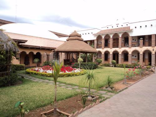 . Hotel La Choza