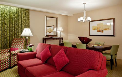 Millennium Knickerbocker Chicago Люкс с 1 спальней с кроватью размера «king-size»