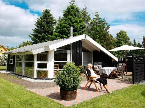 Three-Bedroom Holiday home in Hals 4 in Hals