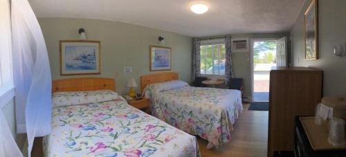 Admiral Motel - Scarborough, ME 04074