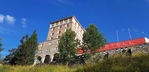 Hotel Castell - Zuoz