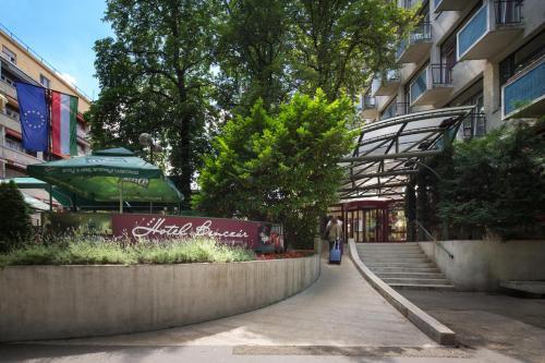 Benczur Hotel photo 53
