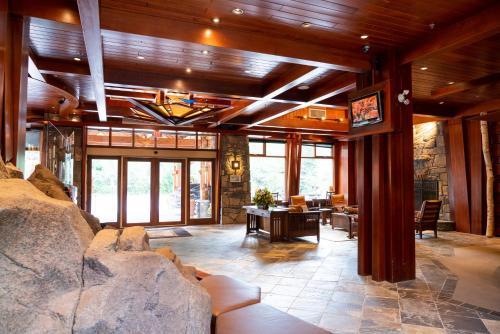Fox Hotel and Suites - Banff, AB T1L 1H8