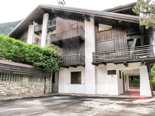"""Apartment """"La maison des Guides"""" Courmayeur"""