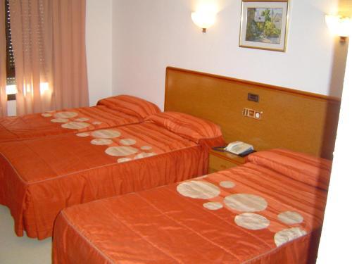 . Hotel Lázaro