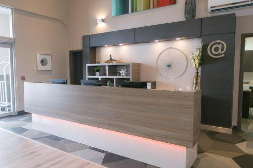 Best Western Plus Dartmouth Hotel & Suites - Dartmouth, NS B3B 1X7