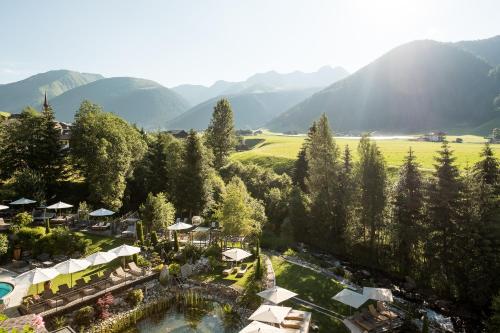 Via Magdalena 4, I-390 30 Valle di Casies, BZ, South Tyrol, Italy.