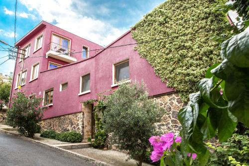 Heybeliada L'isola Guesthouse online rezervasyon