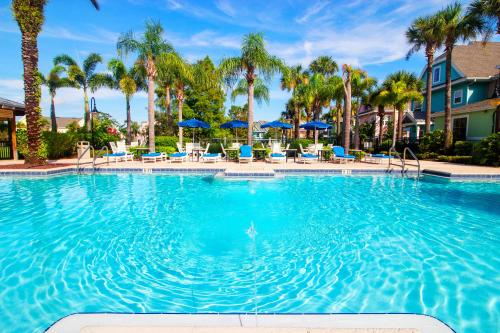 Runaway Beach Club Resort 2 Bedroom Vacation Condo - RW18202 - image 1
