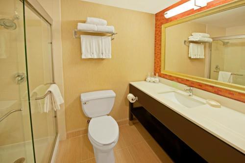 Holiday Inn Express Princeton Southeast - Plainsboro, NJ 08536