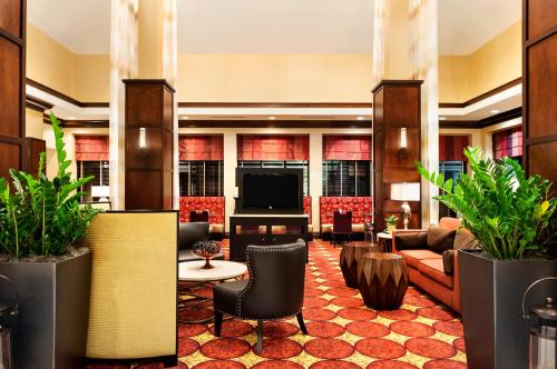 Hotels Amp Vacation Rentals Near Ark La Tex Mardi Gras